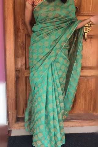 Gorgeous Rama Colored Soft Silk Saree - CD182