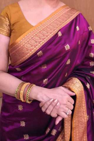 Purple Colored Traditional Silk Saree With Blouse For Women - CD423