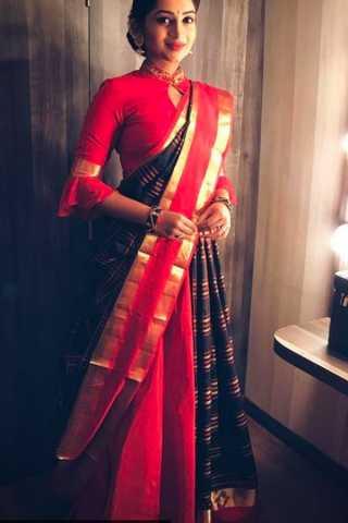 "Intricate Black-Red Colored Wedding Wear Soft Silk Saree 30"""