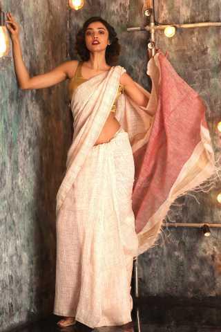 Desiring Off White Colored Pink Pallu Saree Silk Saree With Blouse - KA00064