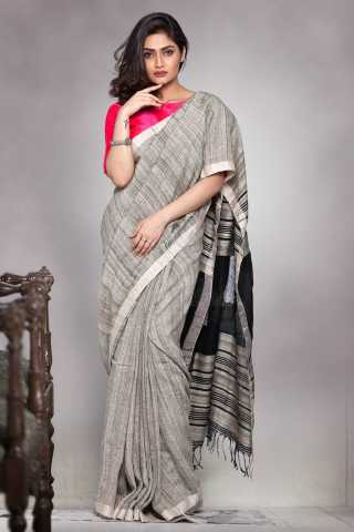 Fantastic Black Colored Printed Pallu Saree Silk Saree With Tassel For Women - KA00123