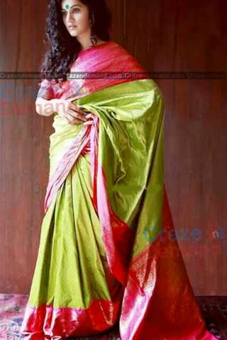 Flattering Parrot Green Colored Karwa Chauth Special Soft Silk Festive Wear Saree - CD333