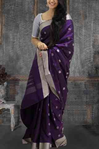 Glammrous Violet Color Pattern Soft Silk Saree - cnd619