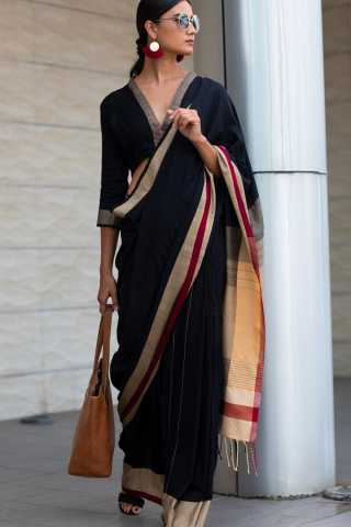 Eye-Catching Black colour Soft Silk Saree For Women
