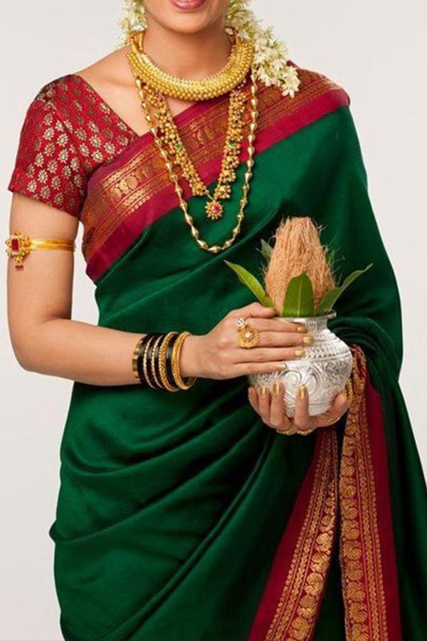 f57a455e64 Alluring Green Colored Soft Silk Saree - CD120