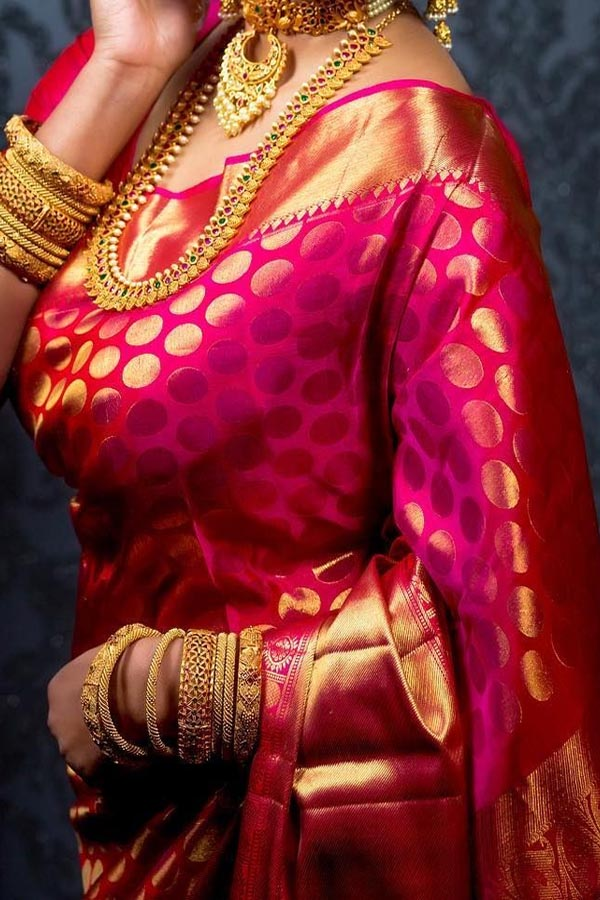 Rani Pink Colored Traditional Silk Saree With Blouse For Women Cd573 Women , ethnic , sarees. rani pink colored traditional silk saree with blouse for women cd573