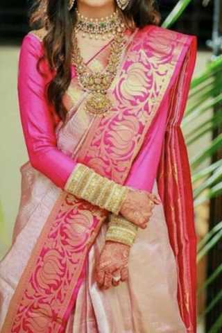 Cream Colored Traditional Silk Sarees With Blouse For Women - CD450