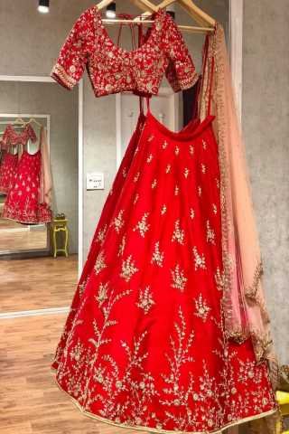 Red  ebroidered attractive party wear lehenga lc--223