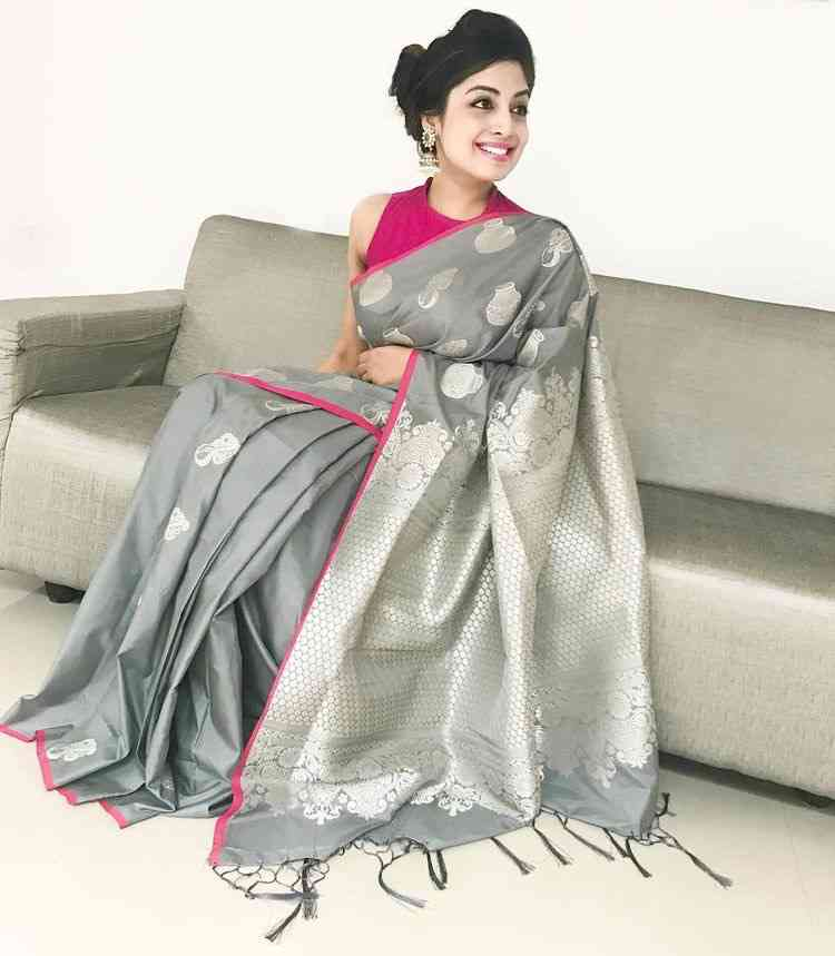 Classic Silver And Pink Soft Silk Printed Saree