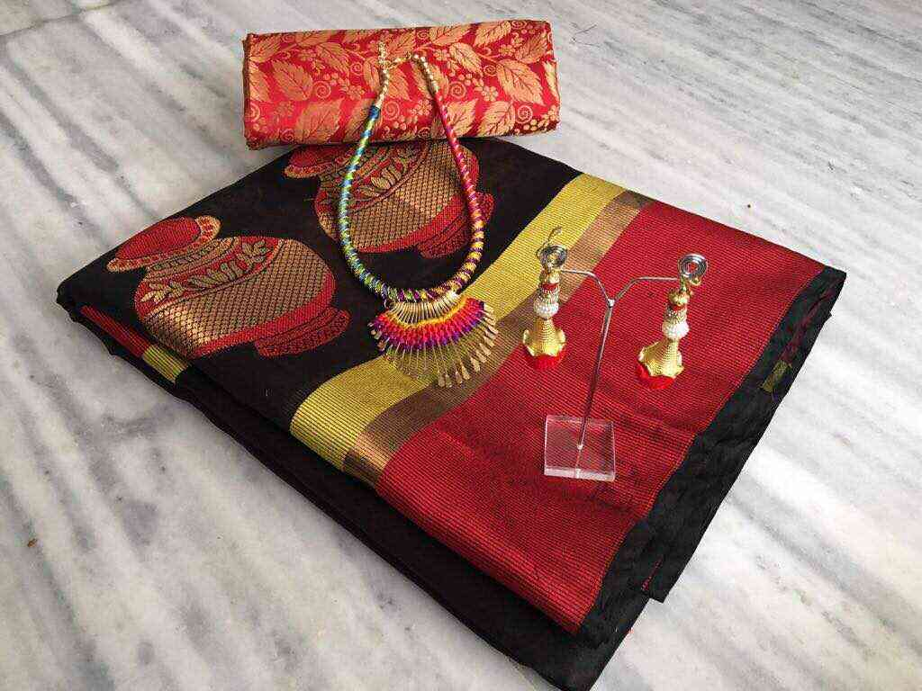 Black Matka Heavy Jacquard Banarasi Silk Sarees With Jewelry Set