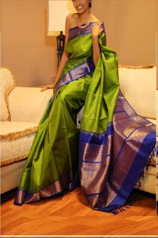 Stunning Green Colored Soft Silk Saree - CD145  30""