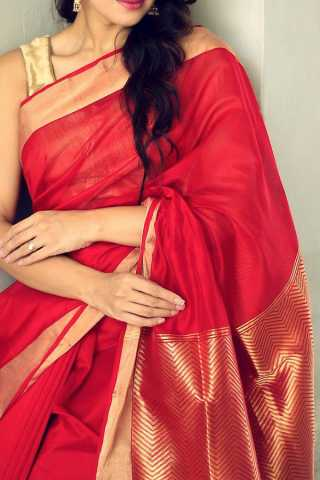 Staring Red Colored Soft Silk Saree - CD167