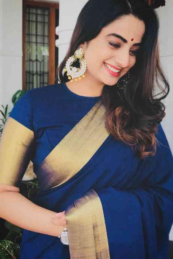 Arresting Blue Color Golden Border Chennai Silk Festive Saree  - CS59