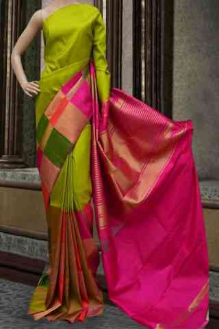 Dynammic Green Color Soft Silk Saree - SB 583  30""