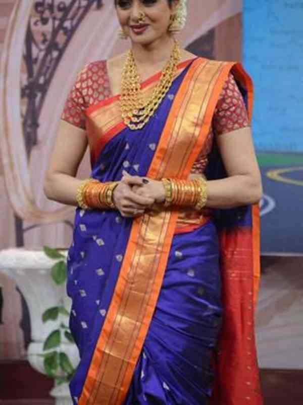 Stylish Blue Color Latest Silk Saree With Blouse Piece - DSS102