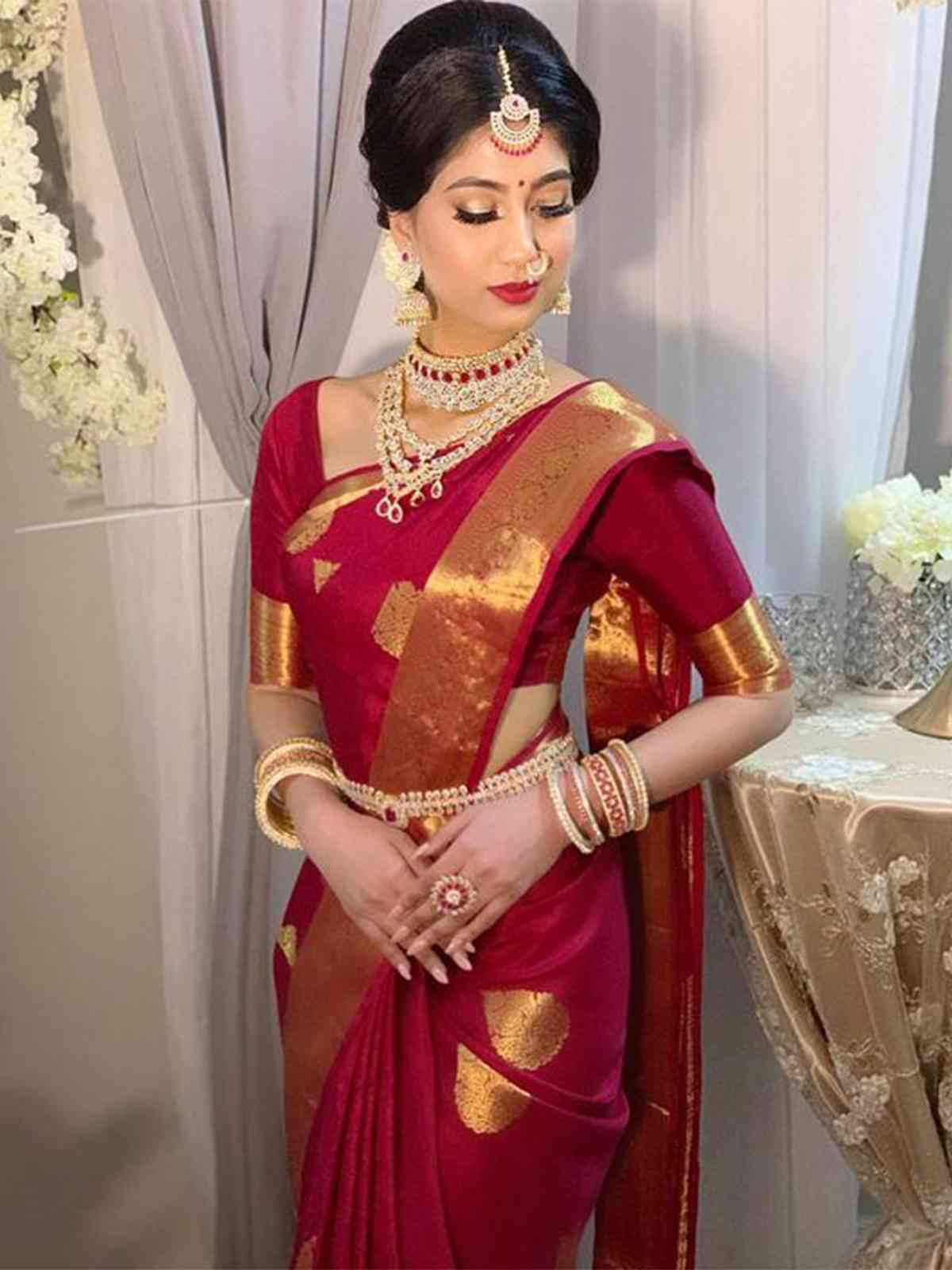 Stylish Maroon Colored Latest Silk Saree With Blouse Piece - DSS165