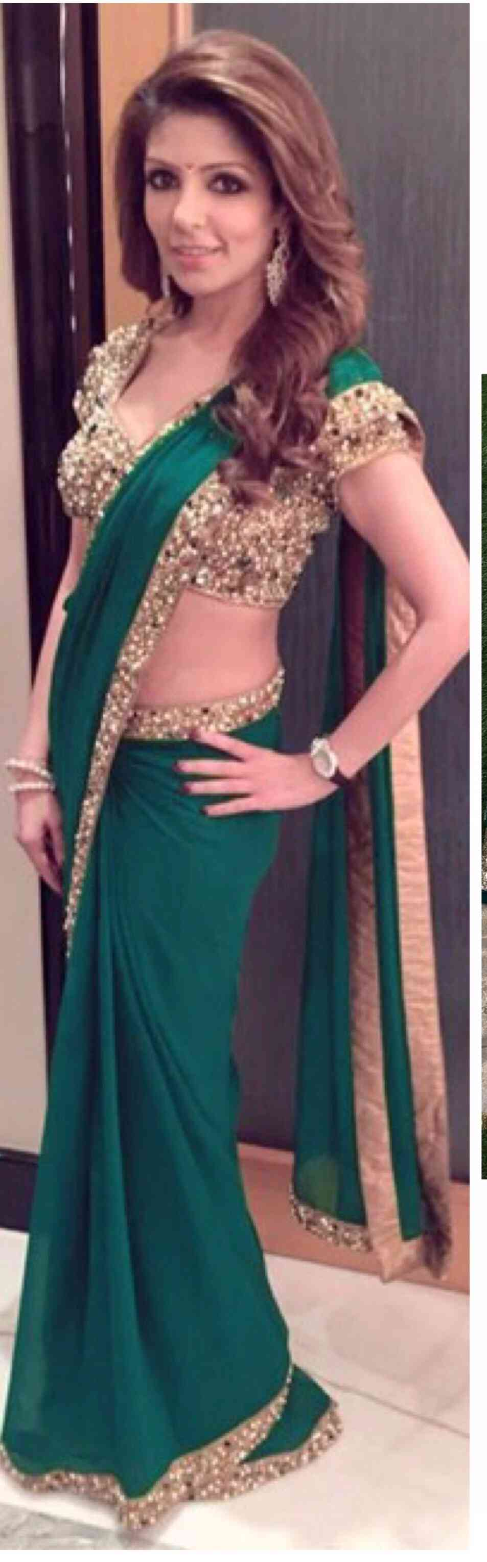 Green Colored Georgette With Sequence Lace Border Saree With Blouse - DVD1044I
