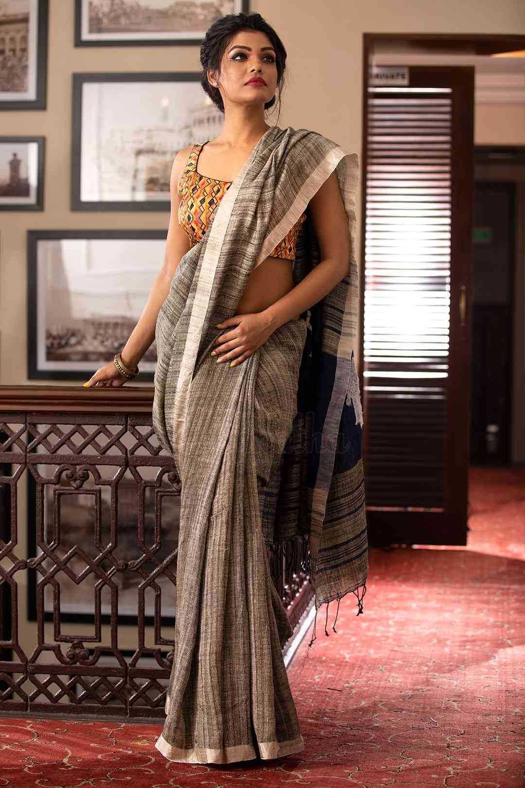 Grey Colored Solid Khadi Silk Saree With Blouse For Women