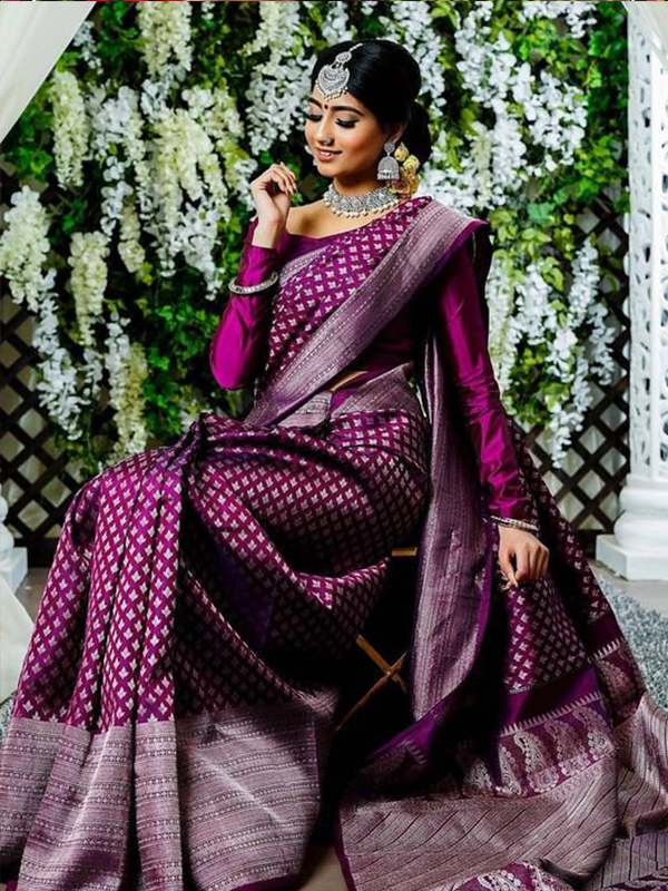Stylish Magenta Color Latest Silk Saree With Blouse Piece - DSS133