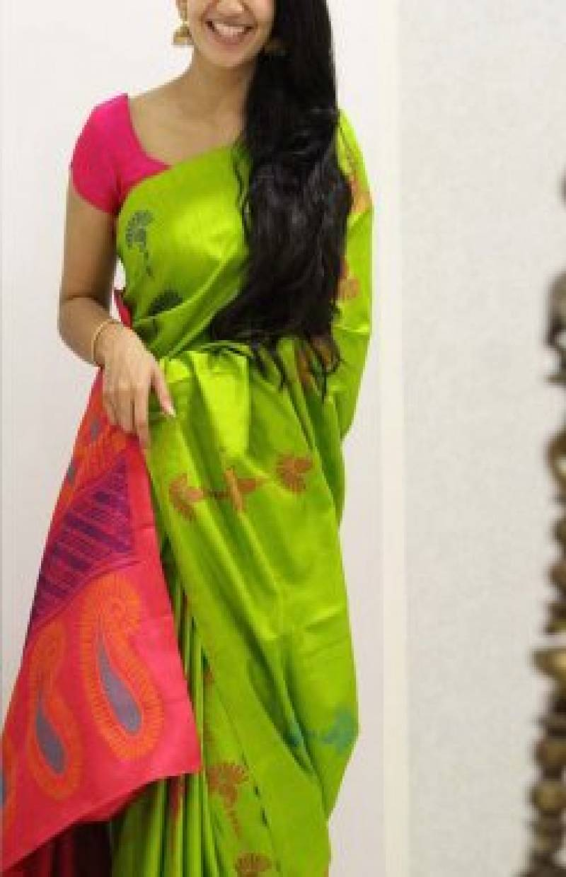 Outstanding Green Color Soft Silk Saree - SB1108