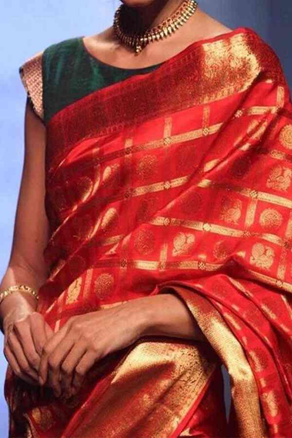"""RED - GREEN  blouse FESTIVE WEAR KANJEWARAM STYLE SILK SAREE - SS122  30"""""""